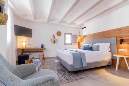 Deluxe Double Room with Side Sea View Hotel Boutique La Serena - Adults Only 1