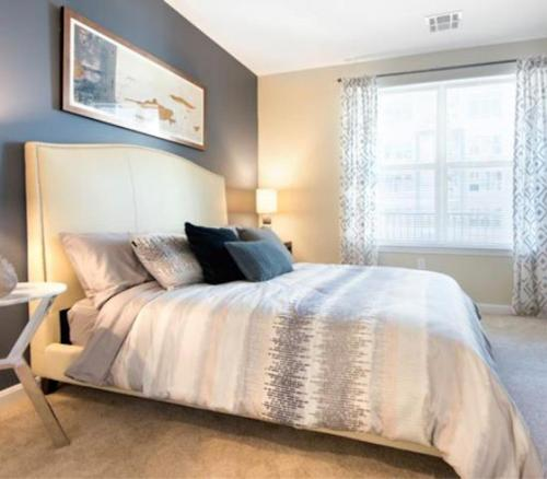 Quincy Apartment - Private bed/bath