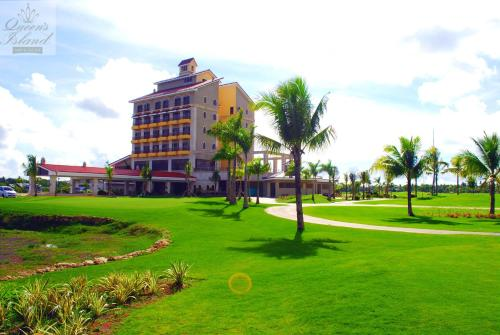 Queens Island Golf and Resort