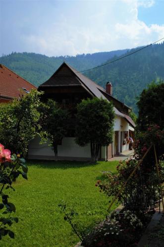 Little House, Ghimeş-Făget