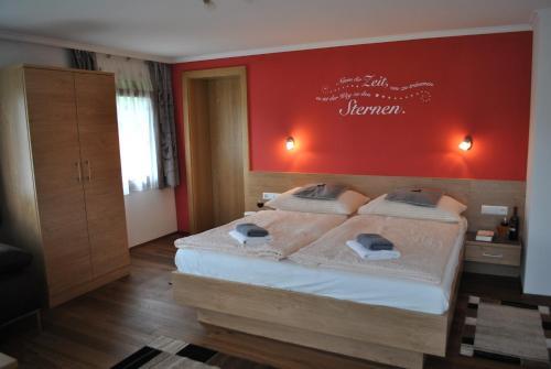Mariapfarr Hotels, Austria: Great savings and real reviews