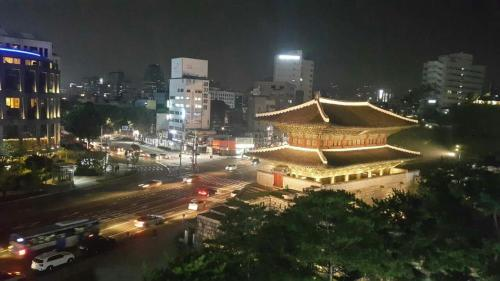 24 Guesthouse Dongdaemun Market, 首尔