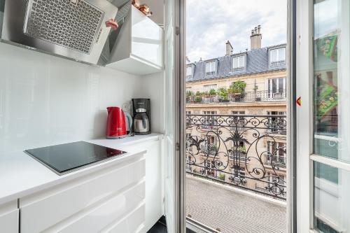 Montparnasse Oh My Suite