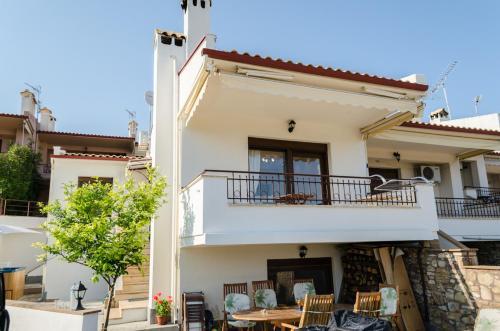 Alexger Jacuzzi House
