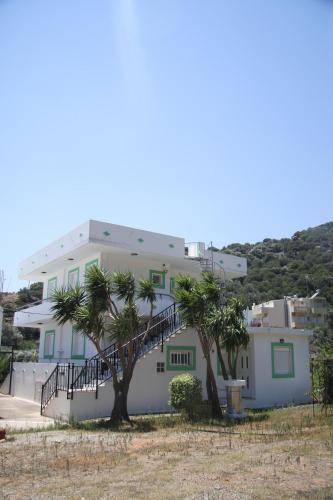 Kleanthis Apartments