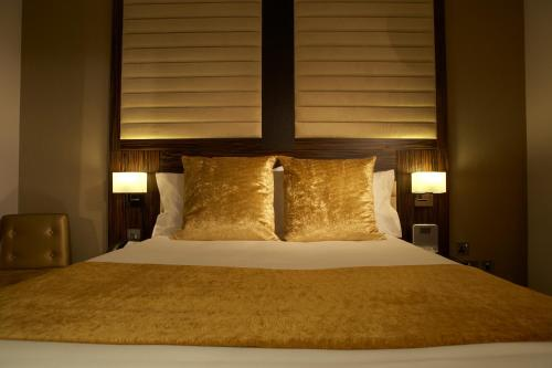 Photo of BEST WESTERN Maitrise Hotel Maida Vale Hotel Bed and Breakfast Accommodation in London London