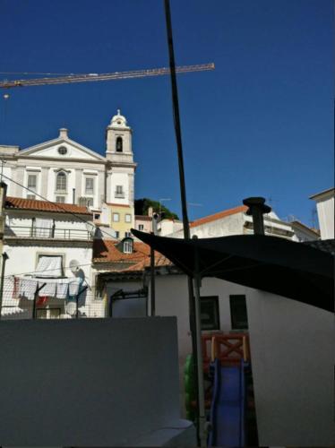 Cativos - Alfama Center District.  Mynd 7