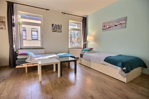 One-Bedroom Apartment (5 Adults) Ixelles 4