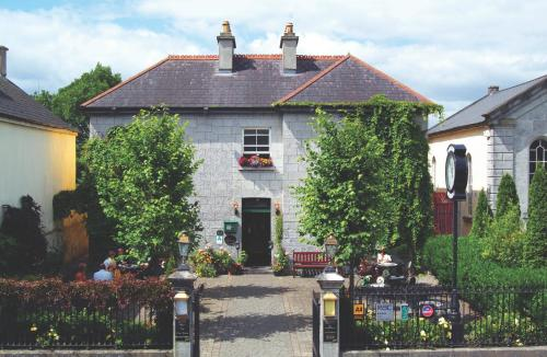 Photo of Gleesons Townhouse & Restaurant Hotel Bed and Breakfast Accommodation in Roscommon Roscommon