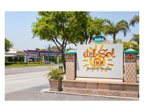 Resort Fee At Del Sol Inn Anaheim