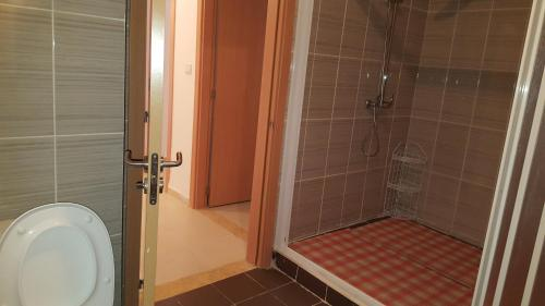 Appartement F5, Orão