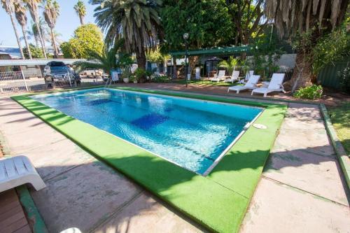 Elkira Resort Motel