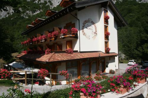Отель Garni Lago Nembia 3 звезды Италия