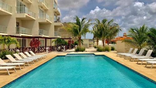 Large Luxury apartment on Palm Beach, Пальм Бич