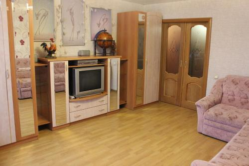 Apartment on Kuzbasskoi Divizii 50, Псков