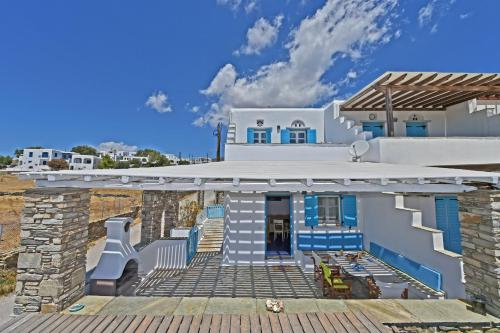 Alexander Tinos Porto Vacation Home