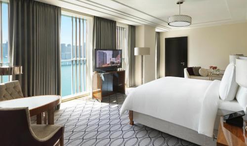 Four Seasons Hotel Abu Dhabi at Al Maryah Island photo 33