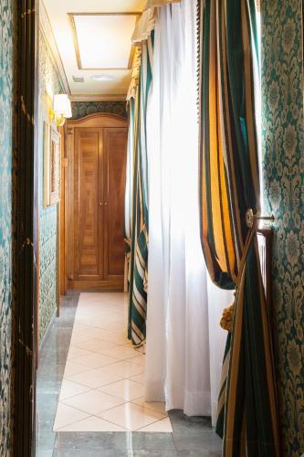 Hotel Manfredi Suite In Rome - image 20