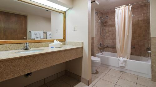 Property Image 24 Best Western Plus Saddleback Inn And Conference Center