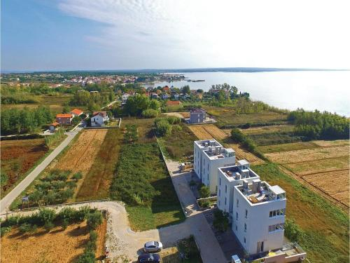 Apartment Privlaka with Sea View 02