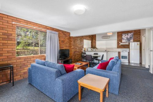 Whiteoaks Motel & Lodges