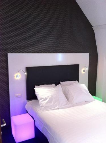 Stay at Hotel Vossius Vondelpark