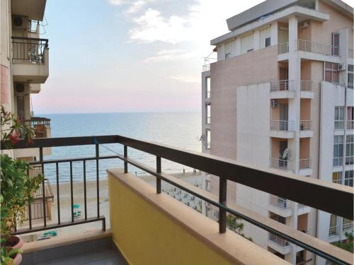 Apartment Durres with Sea View 04, Durrës