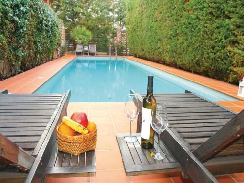 Three-Bedroom Holiday Home in Porto Rafti Attiki