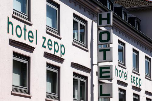 Hotel Zepp (Bed and Breakfast)