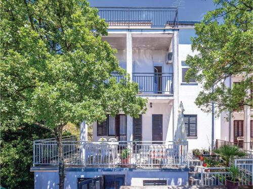 One-Bedroom Apartment Crikvenica with Sea view 08