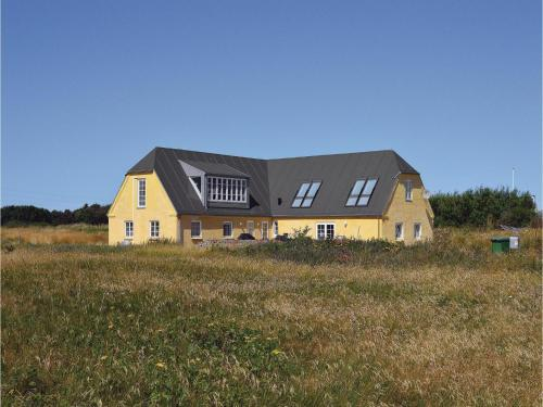 Six-Bedroom Holiday home with Sea View in Hvide Sande