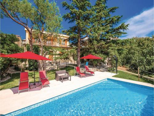 Four-Bedroom Holiday home Jadranovo with Sea view 03