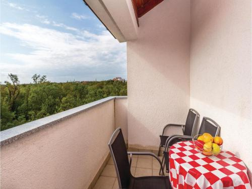 One-Bedroom Apartment in Jadranovo