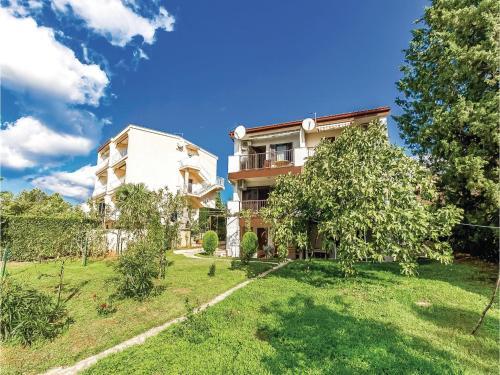 Apartment Jadranovo with Sea View 01