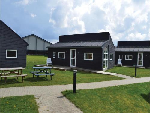 Holiday home Halvejen hytte Spjald XII