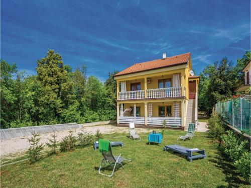 Holiday home Milcetici 8