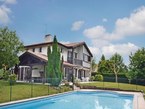 Holiday home Lotissements Tipulenia