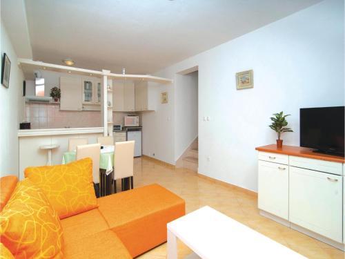 Apartment Naros J-520