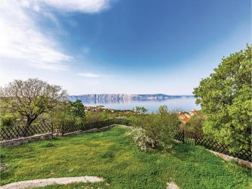 Apartment Klenovica with Sea View V