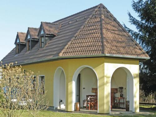 Holiday home Uhlirske Janovice OP-757