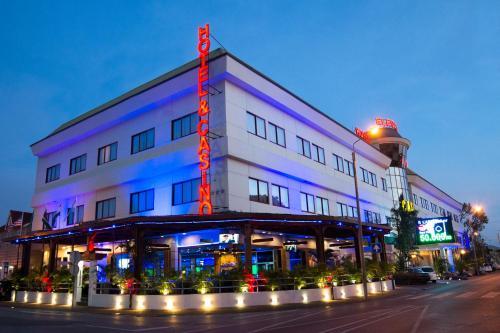 Elegance Hotel & Casino