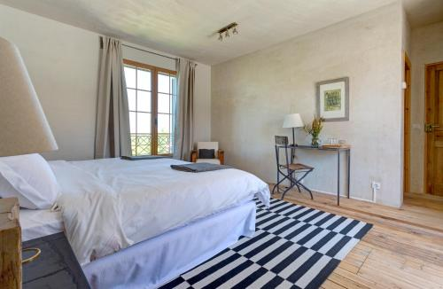Deluxe Double or Twin Room with Lake View Finca Fuente Techada - Adults Only 2