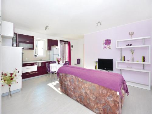 Apartment Podstrana 1