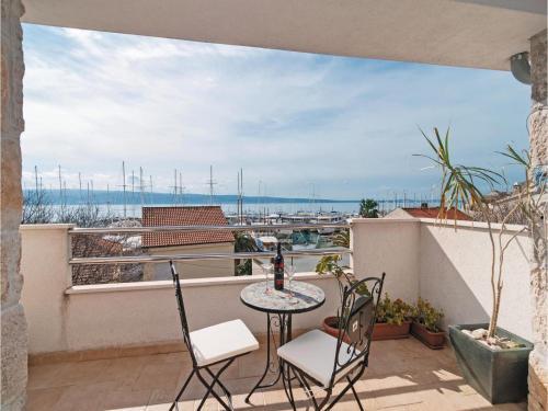 Apartment Krilo Jesenice with Sea View 03