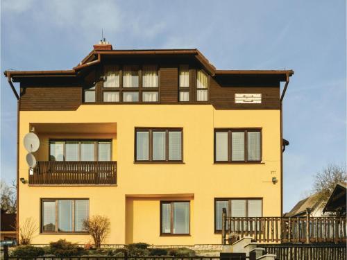 One-Bedroom Apartment in Nova Lesna, Nová Lesná
