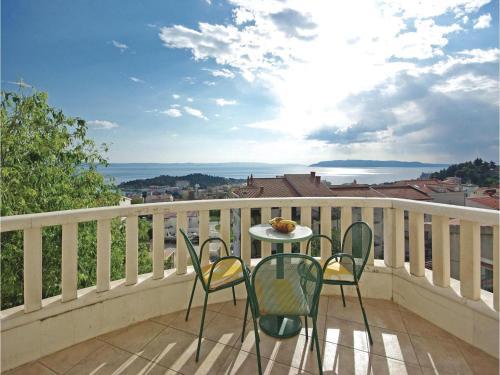 Apartment Makarska with Sea View 12