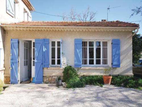 Holiday Home Six Fours Les Plages I