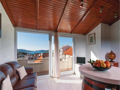Holiday Home Okrug Donji with Sea View 10