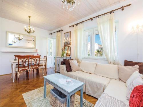 Apartment Barbat VI Cr
