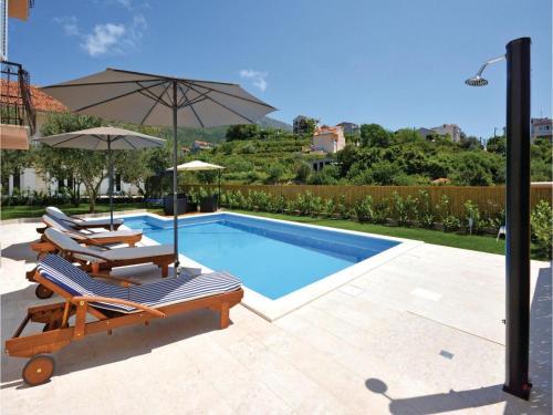 Apartment Podstrana with Sea View 07